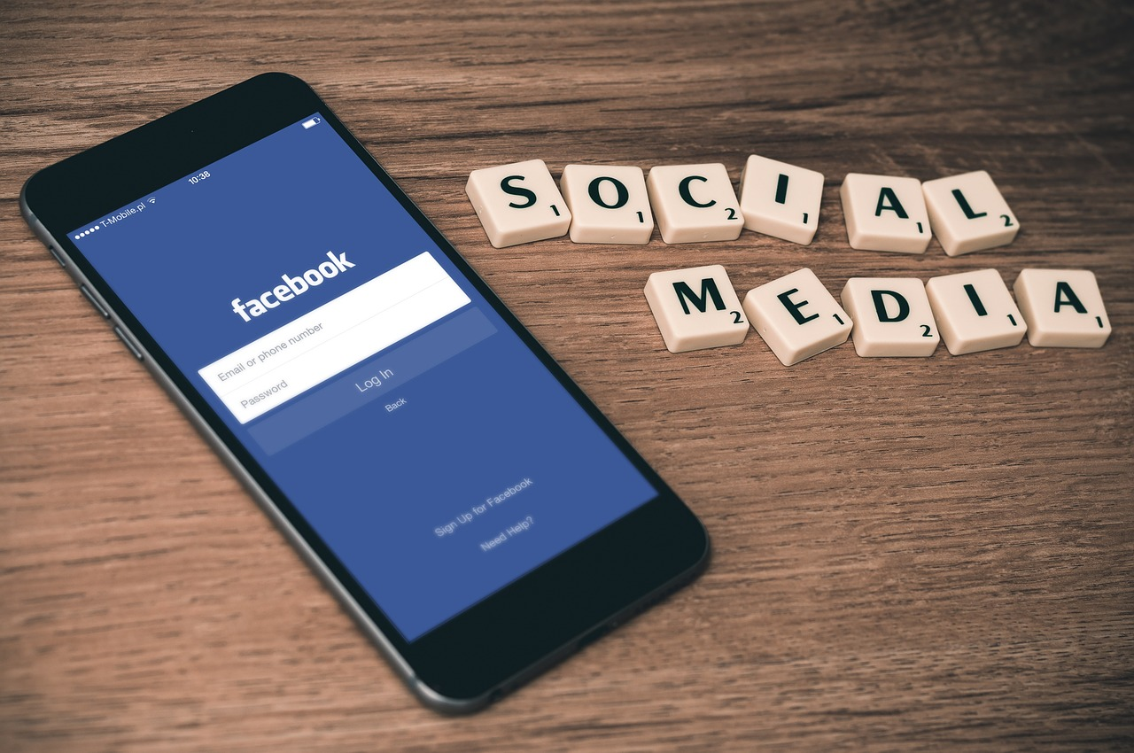 ufs business school social media strategy Content marketing manager mia major answers 20+ social media marketing  questions asked by school marketers like you  however, you can give other  local businesses a follow-back alright social media marketers, that's.